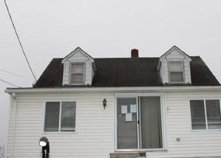 Foreclosed Home in Greencastle 17225 MERCERSBURG RD - Property ID: 4527526118