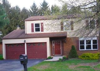 Foreclosed Home in Harrisburg 17111 MARTIN LN - Property ID: 4527552855