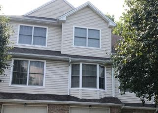 Foreclosed Home in Ridgefield 07657 GRAND RIDGE DR - Property ID: 4527862492