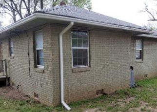 Foreclosed Home in Lawton 73505 NW SMITH AVE - Property ID: 4527881772
