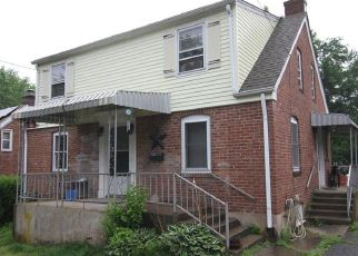 Foreclosed Home in Bristol 06010 JENNINGS RD - Property ID: 4528002199