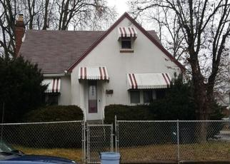 Foreclosed Home in Darby 19023 PERSHING AVE - Property ID: 4528065269