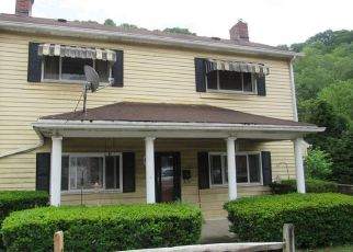 Foreclosed Home in Pittsburgh 15207 CALERA ST - Property ID: 4528083676