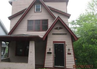Foreclosed Home in Pittsburgh 15214 LUCERNE AVE - Property ID: 4528084997