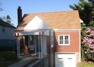 Foreclosed Home in Verona 15147 7TH ST - Property ID: 4528087164