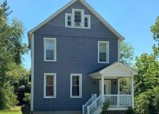 Foreclosed Home in Baltimore 21206 LINDEN AVE - Property ID: 4528216375