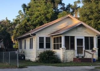 Foreclosed Home in Lake City 32025 SE BAYA DR - Property ID: 4528272885