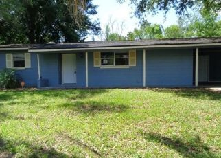 Foreclosed Home in Jacksonville 32210 EUDINE DR N - Property ID: 4528276825