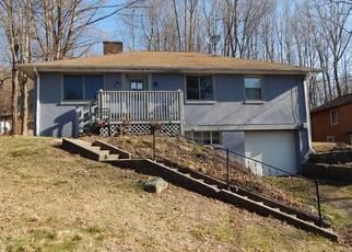 Foreclosed Home in Winsted 06098 ADAMS ST - Property ID: 4528343836