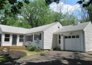 Foreclosed Home in Avon 06001 CIDER BROOK RD - Property ID: 4528353911