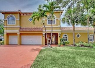 Foreclosed Home in Fort Lauderdale 33317 SW 60TH AVE - Property ID: 4528376226