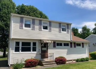 Foreclosed Home in New Britain 06053 NYE RD - Property ID: 4528670557