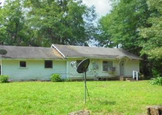 Foreclosed Home in Gladewater 75647 MORGAN RD - Property ID: 4528718288