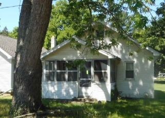 Foreclosed Home in Jackson 49202 WAYNE ST - Property ID: 4528923714
