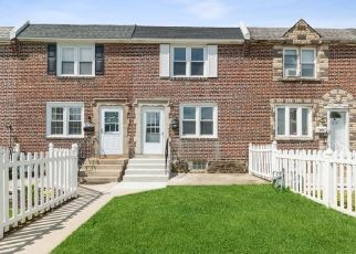 Foreclosed Home in Clifton Heights 19018 S CHURCH ST - Property ID: 4529001220