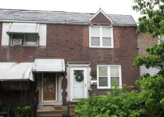 Foreclosed Home in Clifton Heights 19018 GRAMERCY DR - Property ID: 4529004285