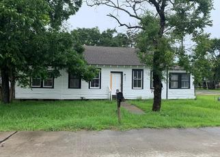 Foreclosed Home in Dickinson 77539 29TH ST - Property ID: 4529070425