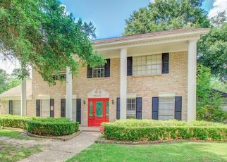 Foreclosed Home in Houston 77070 BRENTWAY DR - Property ID: 4529073493
