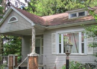 Foreclosed Home in Baltimore 21206 FAIRDEL AVE - Property ID: 4529132173