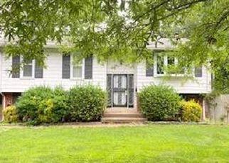 Foreclosed Home in Lanham 20706 WALKERTON CT - Property ID: 4529154969
