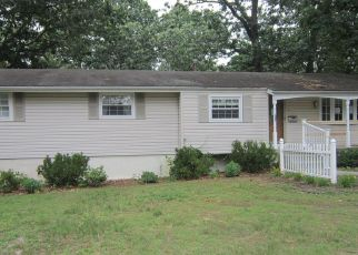 Foreclosed Home in Clementon 08021 E 11TH AVE - Property ID: 4529168531