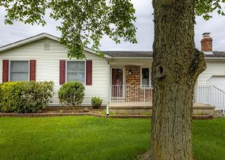 Foreclosed Home in Trenton 08620 EDGEMONT RD - Property ID: 4529177288