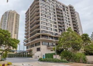 Foreclosed Home in Miami 33131 BRICKELL KEY DR - Property ID: 4529191747