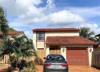 Foreclosed Home in Miami 33196 SW 147TH CT - Property ID: 4529194370