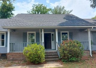 Foreclosed Home in Fayetteville 28314 BRASSWOOD DR - Property ID: 4529255244