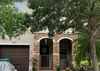 Foreclosed Home in Miami 33190 SW 89TH PL - Property ID: 4529344603