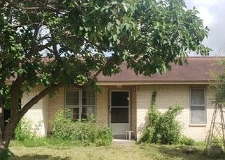 Foreclosed Home in Kenedy 78119 NOTTINGHAM LN - Property ID: 4529420813