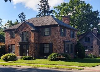 Foreclosed Home in Detroit 48221 BRIARCLIFF RD - Property ID: 4529444906