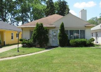 Foreclosed Home in Dearborn Heights 48127 N VERNON ST - Property ID: 4529481687