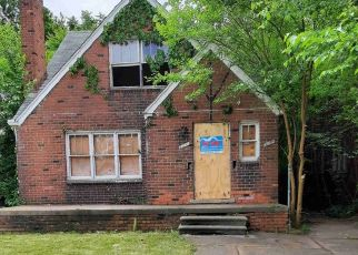 Foreclosed Home in Detroit 48213 PROMENADE ST - Property ID: 4529489570