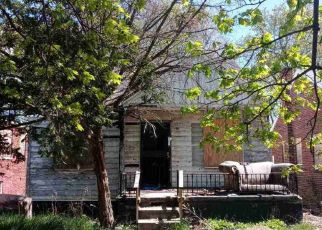 Foreclosed Home in Highland Park 48203 IRVINGTON ST - Property ID: 4529501840