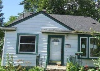 Foreclosed Home in Lincoln Park 48146 CHARTER ST - Property ID: 4530182889