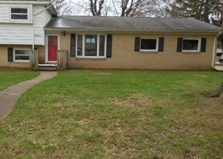 Foreclosed Home in Kalamazoo 49006 CROYDEN AVE - Property ID: 831002838