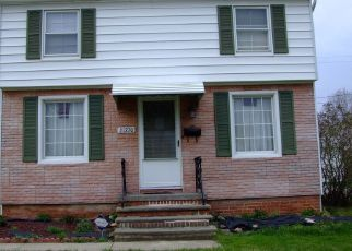 Foreclosed Home in Euclid 44123 NICHOLAS AVE - Property ID: 848702673