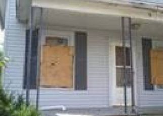 Foreclosed Home in Toledo 43608 E HUDSON ST - Property ID: 857236594