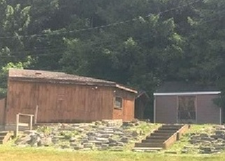 Foreclosed Home in Valatie 12184 CHAPEL DR - Property ID: 878573817