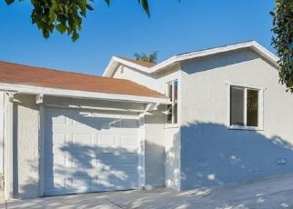 Foreclosed Home in Vista 92084 NEVADA AVE - Property ID: 909391859