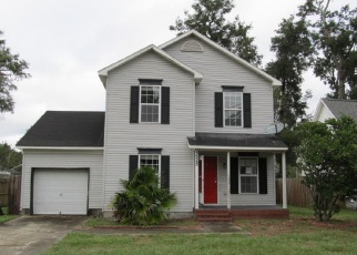 Foreclosed Home in Jacksonville 32211 ARLINGTON RD - Property ID: 950248247