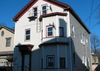 Foreclosed Home in Providence 02909 WENDELL ST - Property ID: 961013657