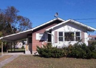 Foreclosed Home in Central Islip 11722 CRANBERRY ST - Property ID: 974576393