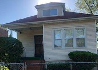 Pre Foreclosure in Chicago 60617 S CALHOUN AVE - Property ID: 1003368813