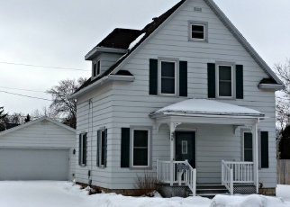 Pre Foreclosure in Fond Du Lac 54935 RUGGLES ST - Property ID: 1003589994