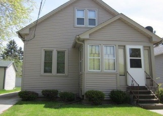 Pre Foreclosure in Manitowoc 54220 S 25TH ST - Property ID: 1003599620