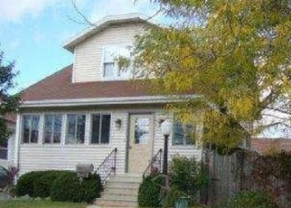 Pre Foreclosure in Kenosha 53143 75TH ST - Property ID: 1003617576