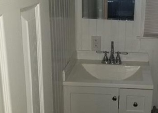 Pre Foreclosure in Medford 02155 ARLINGTON ST - Property ID: 1004404167