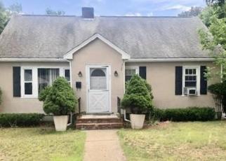 Pre Foreclosure in Randolph 02368 PLEASANT ST - Property ID: 1004496590